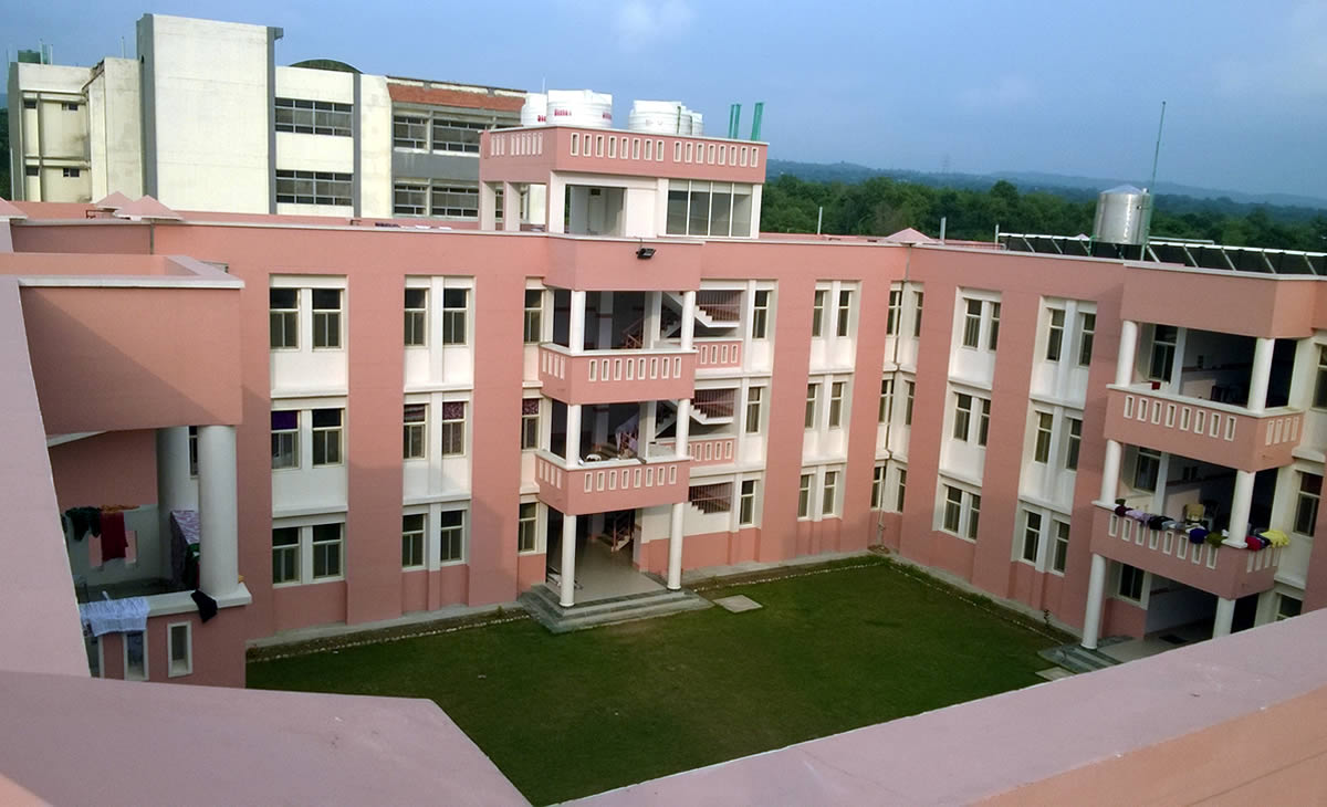 bee-enn-college-hostel-building1
